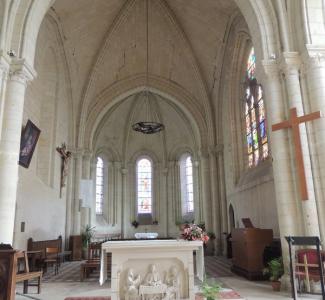 Choeur et autel Eglise St Etienne